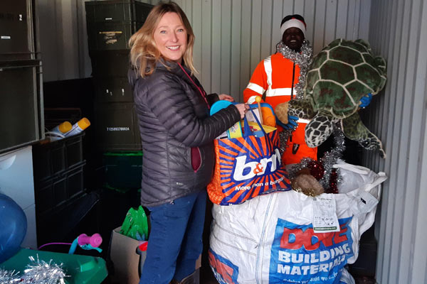 Delivering items for recycling to the HWRC