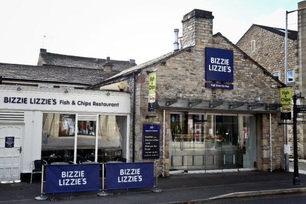 Exterior of Bizzie Lizzie's at Main High Street Car Park