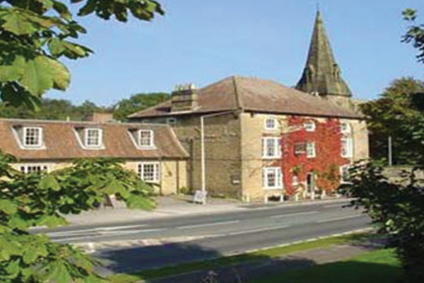 The_Downe_Arms_Hotel_Large.jpg