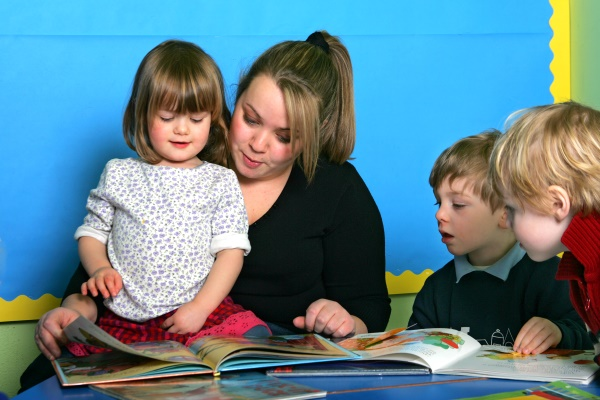 Children reading at North Yorkshire school.