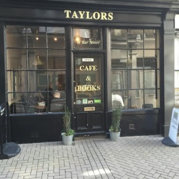 Photogragh of the exterior of Taylors Cafe and Books