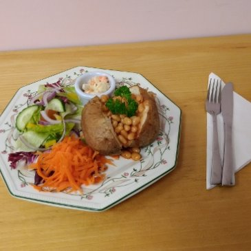 Photograph of a jacket potato meal at Little Miss Muffins