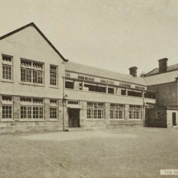 Postcard of Great Ayton Friends' School showing the new block