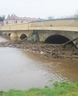 Debris washed up against Tadcaster Bridge at the weekend is to be removed.