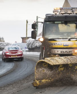 drivers are urged to remain cautious as further snow showers may fall