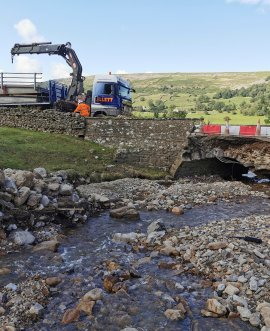 Temporary bridge arrives on low loader on the B6270