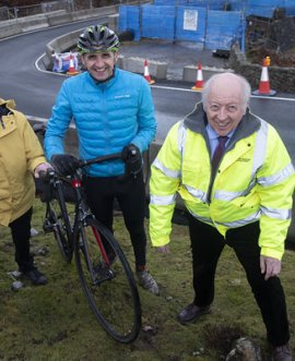 Stuart Price, Cllr Yvonne Peacock and Carl Les