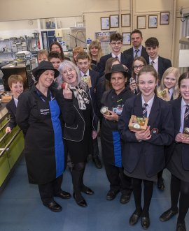 Cllr Dickinson with Andy Childe Catering Manager Annette de Roche and colleagues and pupils at Bedale High